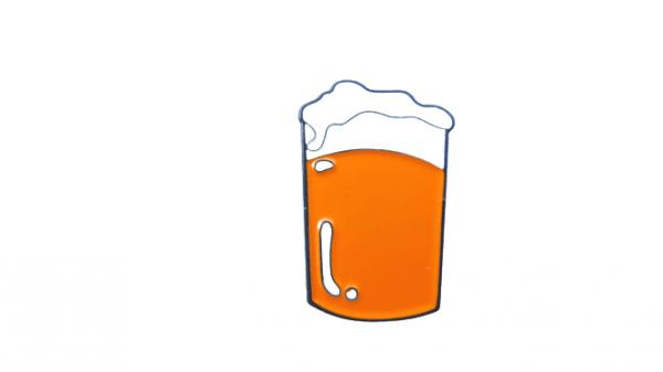 pin de pinta de cerveza tostada